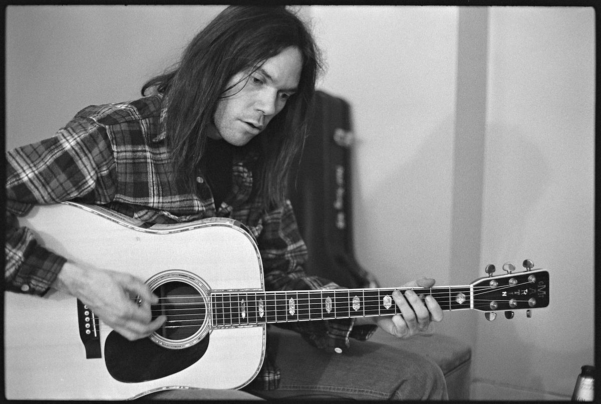 Rockin In The Free World By Neil Young Chords Lyrics The Acoustic Binder
